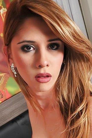 Nicole Ribeiro